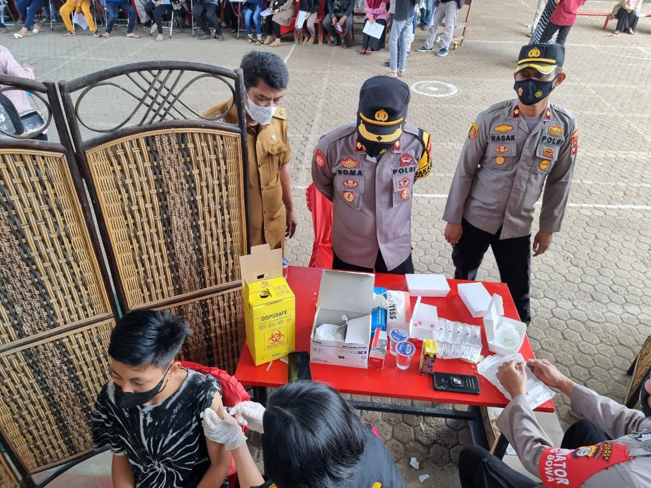 Wakapolres Gowa Tinjau Kegiatan Vaksin di Mesjid Cheng Hoo Gowa